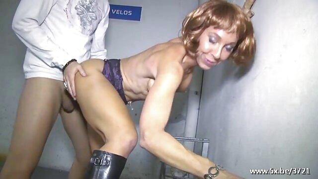 Akasha sexxo por dinero Cullen - Peluquero recibe efectivo por anal - Foto pública