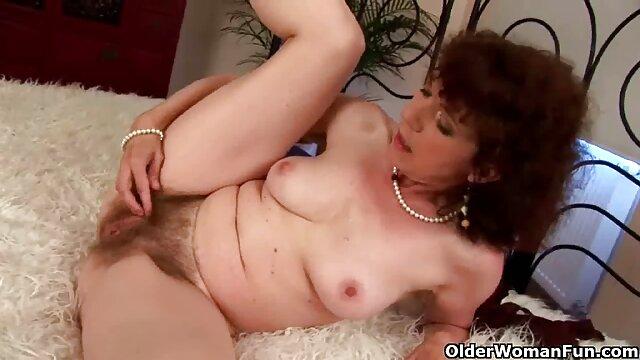 Kathy sexo por plata solo en casa sexo con 2 chicos