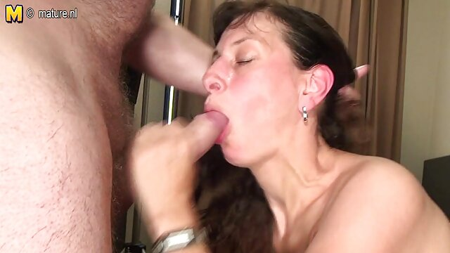 Sarah recibe un masaje de dinero por sexo xxx tejido profundo de Krissy