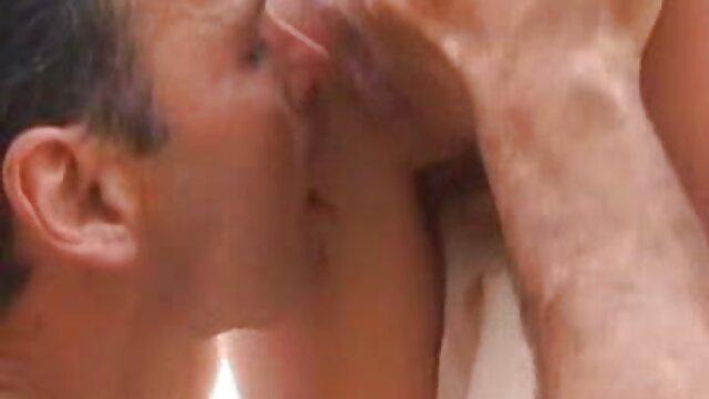 un lapdance sexo por el dinero molido en un tanga pt1