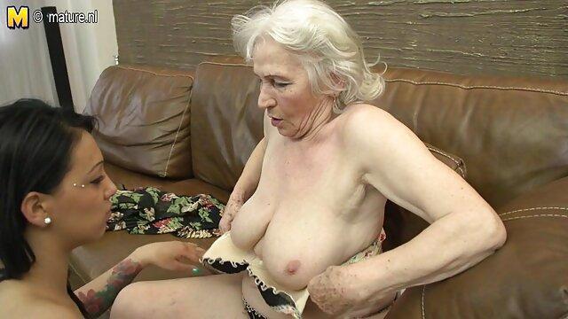 muy sexy amateur anal y masturbación con sexo por dinero con desconocidas la mano