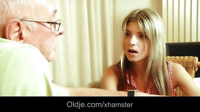 Mis sexo por dinero español latino pantimedias te darán ganas de masturbarte JOI