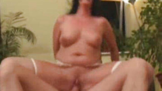 La sexo por dinero empleadas dulce Gina Gerson es adicta al sexo
